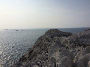 白亜の岸壁